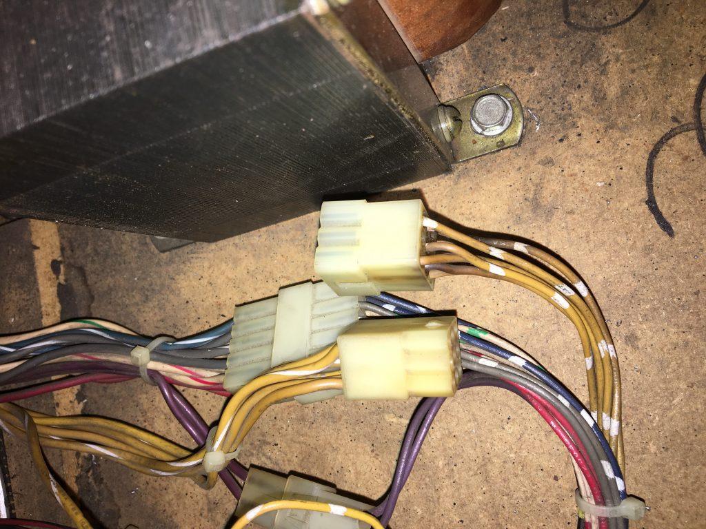 Gi Connectors